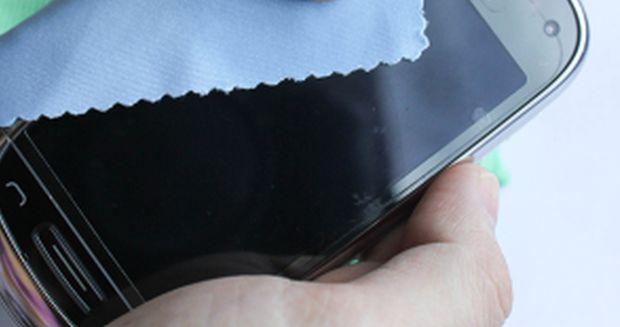 Comment bien nettoyer un écran tactile